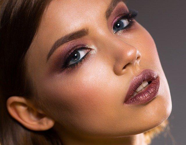 makijaż na trądzik